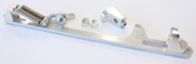 <strong>Billet Throttle Cable Bracket 4500 Dominator Style </strong><br />Silver Finish