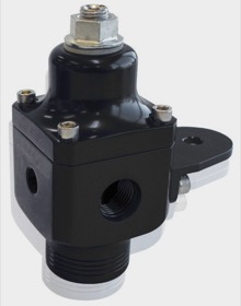 <strong>Billet 2 Port Carburettor Fuel Pressure Regulator -8AN ORB </strong> <br /> Black Finish. 4-12 psi. Rated to 750 HP