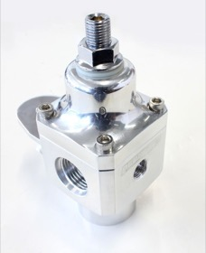 <strong>Billet 2 Port Carburettor Fuel Pressure Regulator -8AN ORB </strong> <br /> Polish Finish. 4-12 psi. Rated to 750 HP