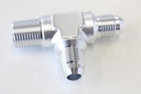 "<strong>Tee with NPT On Run 3/8"" to -6AN</strong> <br />Silver Finish"